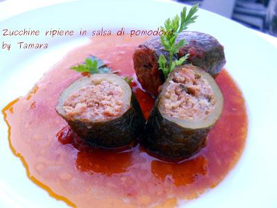 Zucchine Ripiene In Salsa Di Pomodoro