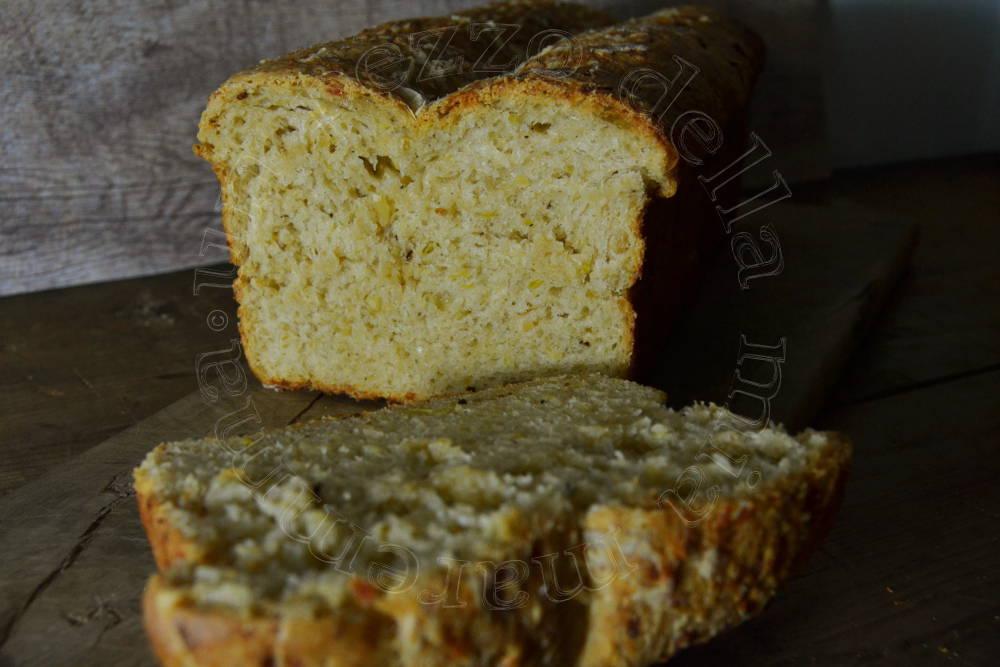 Pane Con Formaggio E Cipolle