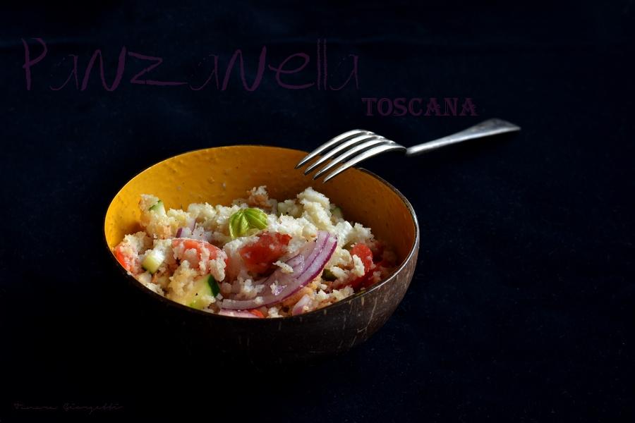 La Panzanella Toscana, La Sua Storia, Il Pane E Il Condimento