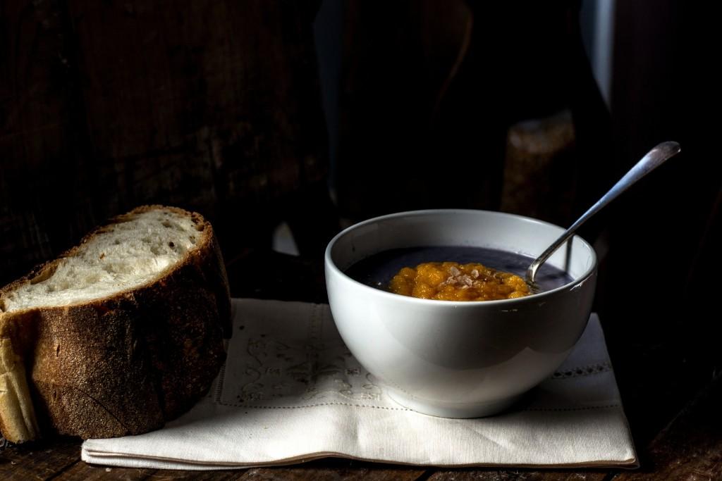 crema di cavolo viola con cuore di carota e riso integrale