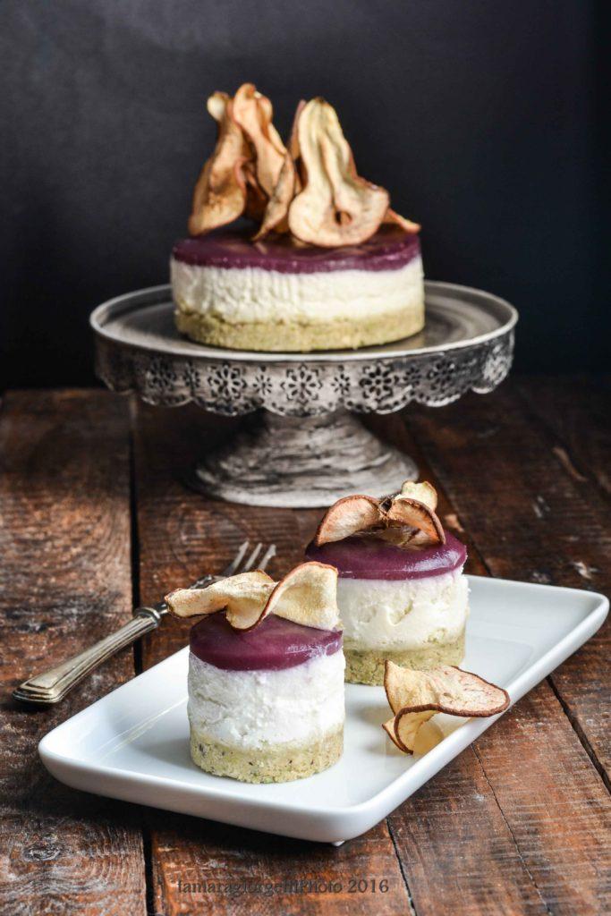 cheesecakesalato gorgonzola e pere al lambrusco