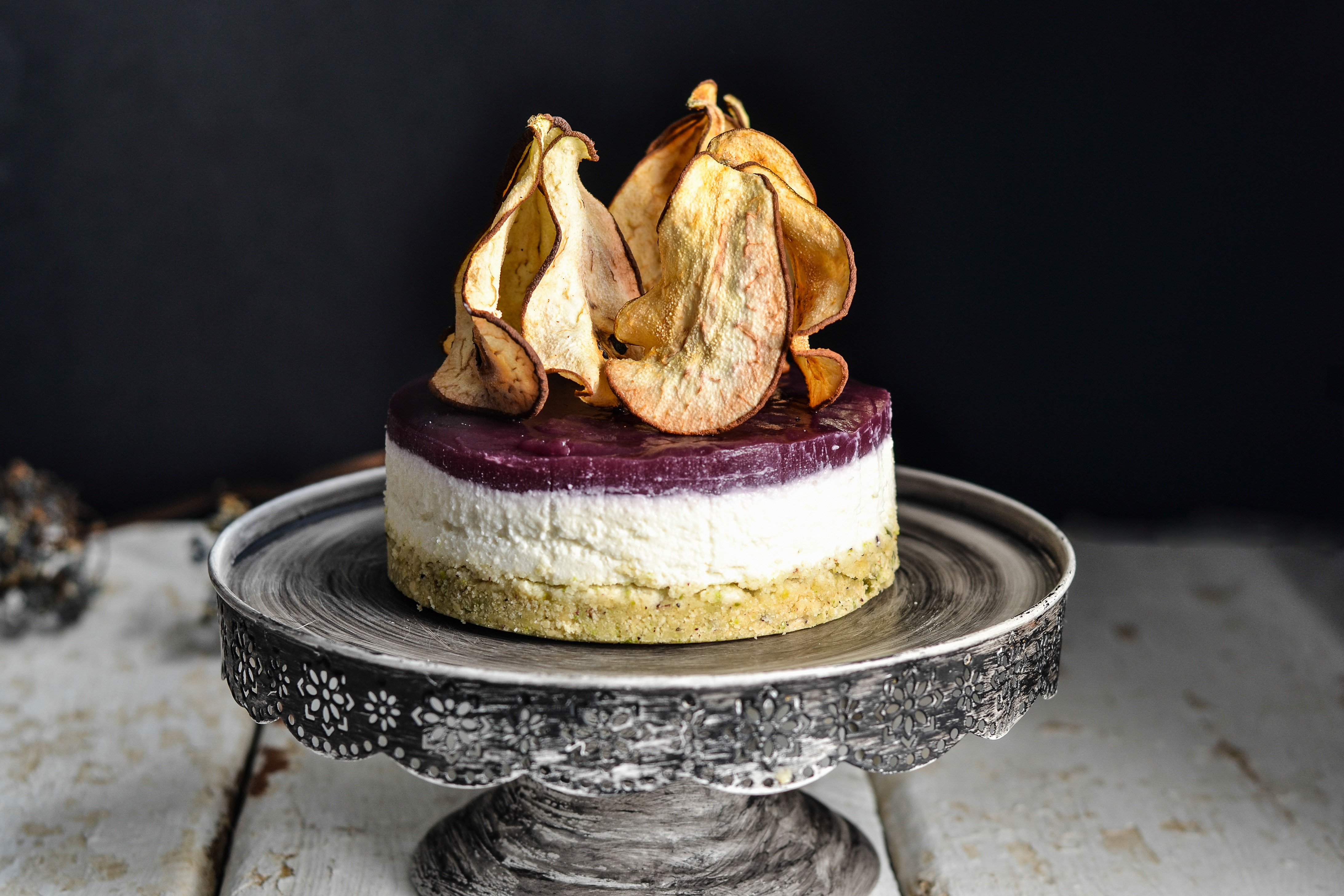 Cheesecake Gorgonzola/mascarpone Con Topping Di Pere Al Lambrusco