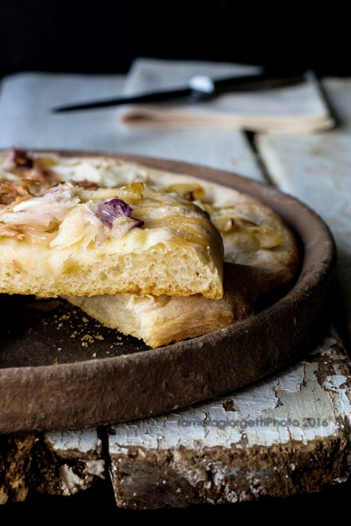 pizza cipolla e tonno