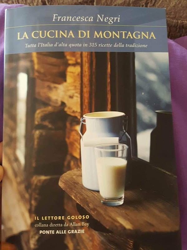 "copertina del libro ""la cucina di montagna"""