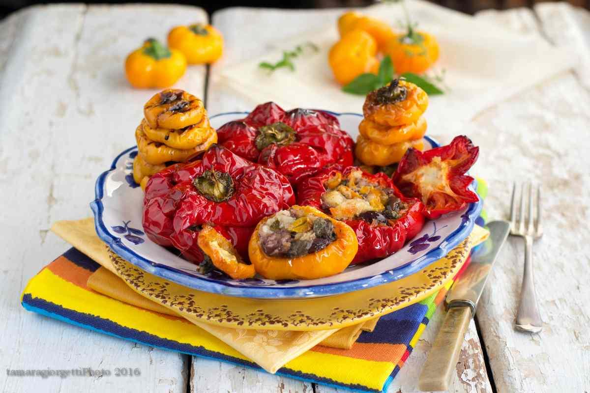 Peperoni Ripieni: Papaccelle 'mbuttunate Al Forno