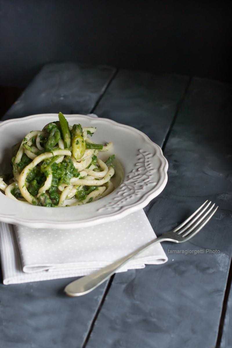 pici con germogli di zucchina