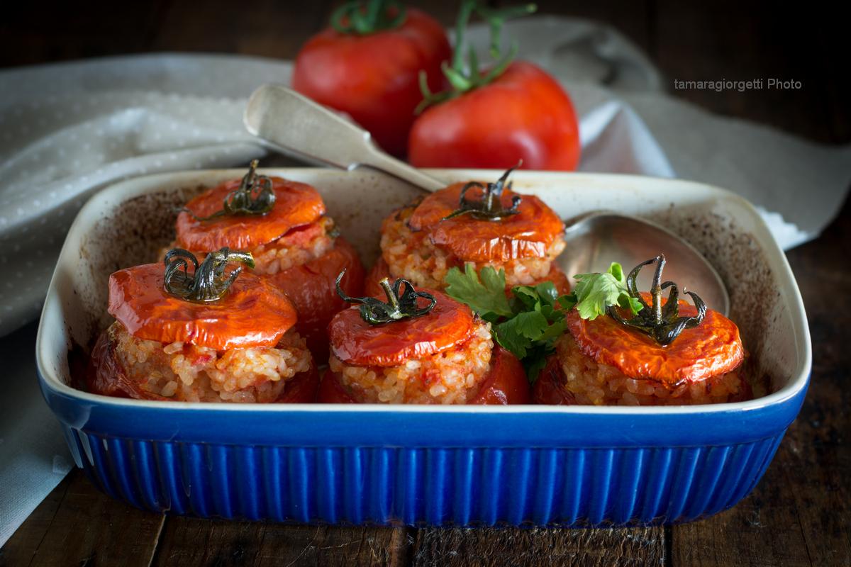 Pomodori Ripieni Di Riso, Un Piatto Non Solo Romano