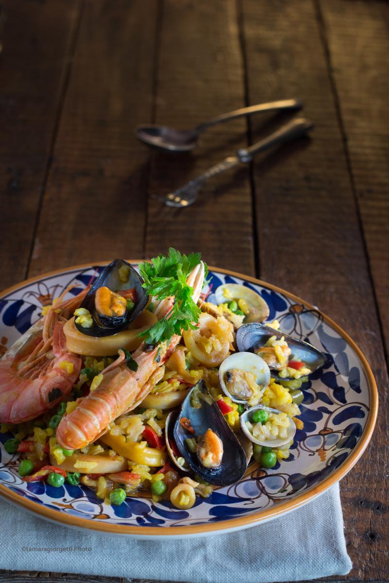 Paella De Marisco Dalla Tradizione Spagnola Crostacei E Frutti Di Mare