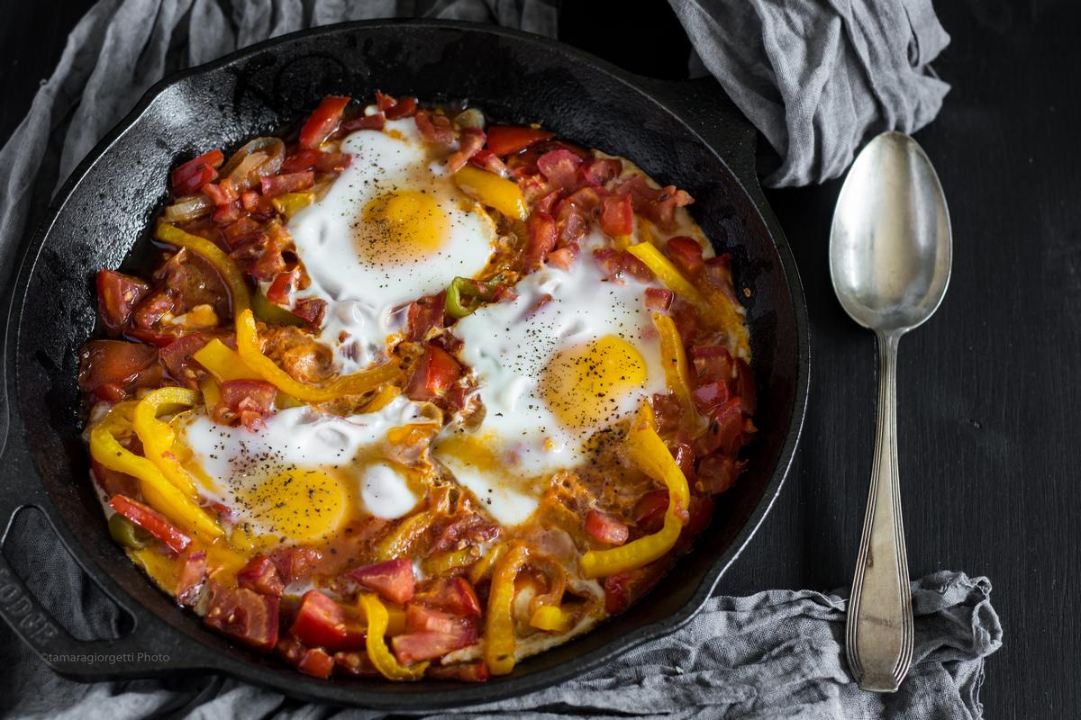 Uova Con Pomodori E Peperoni