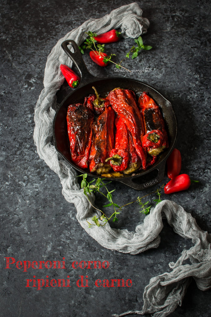 peperoni corno ripieni di carne