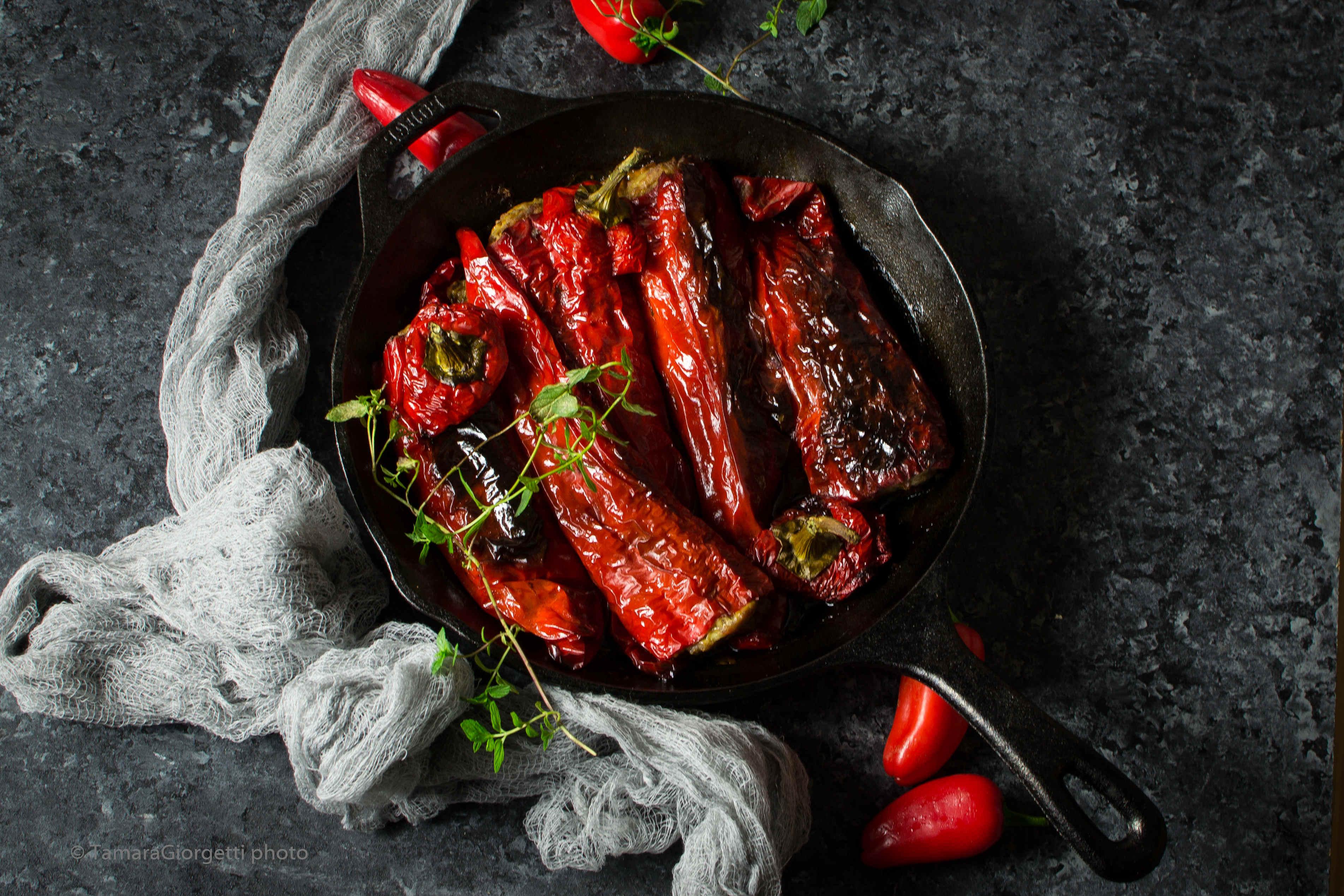 Peperoni Corno Di Bue Ripieni Di Carne Al Forno