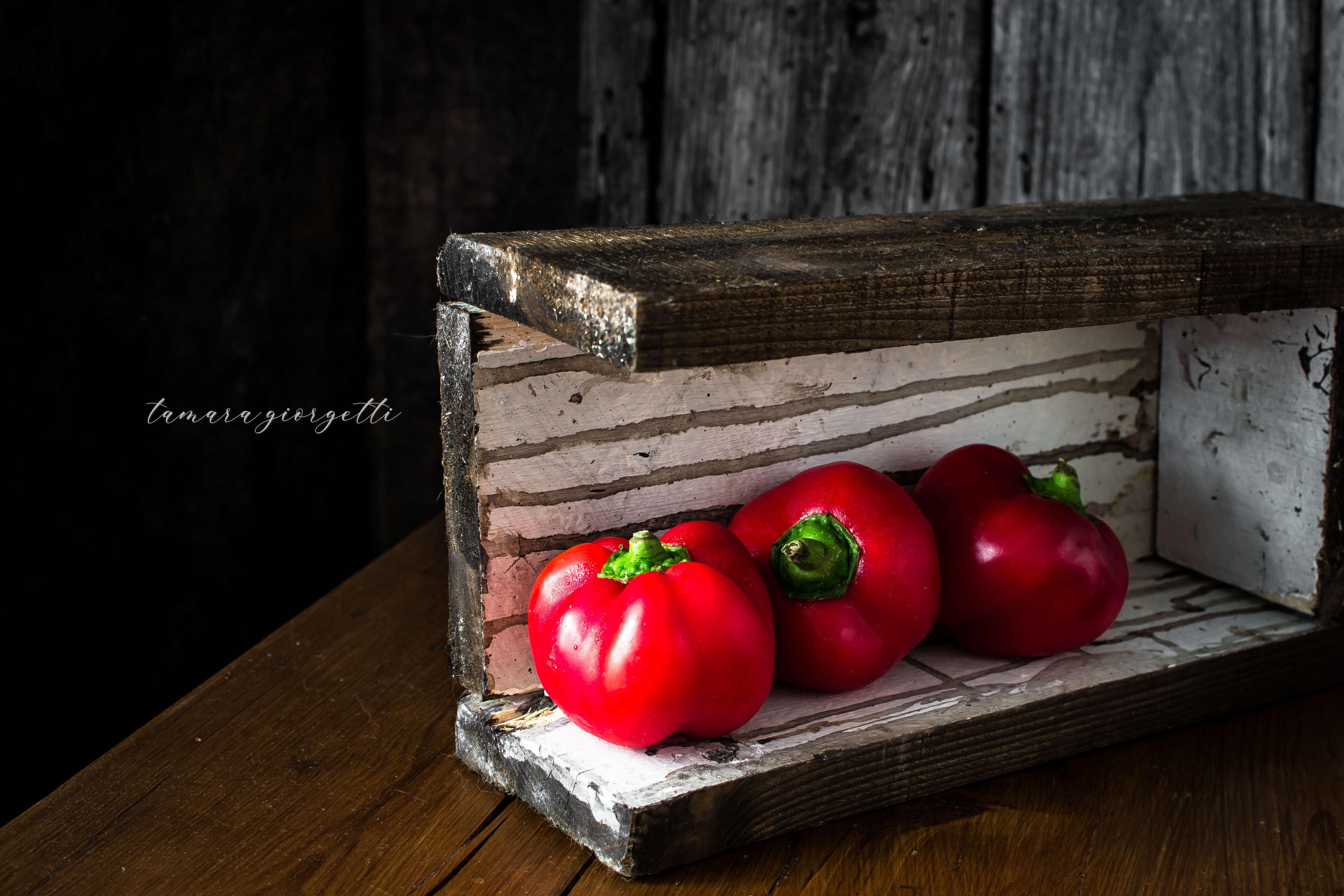 Peperoni Molto Appetitosi Ripieni Di Pane Olive E Capperi