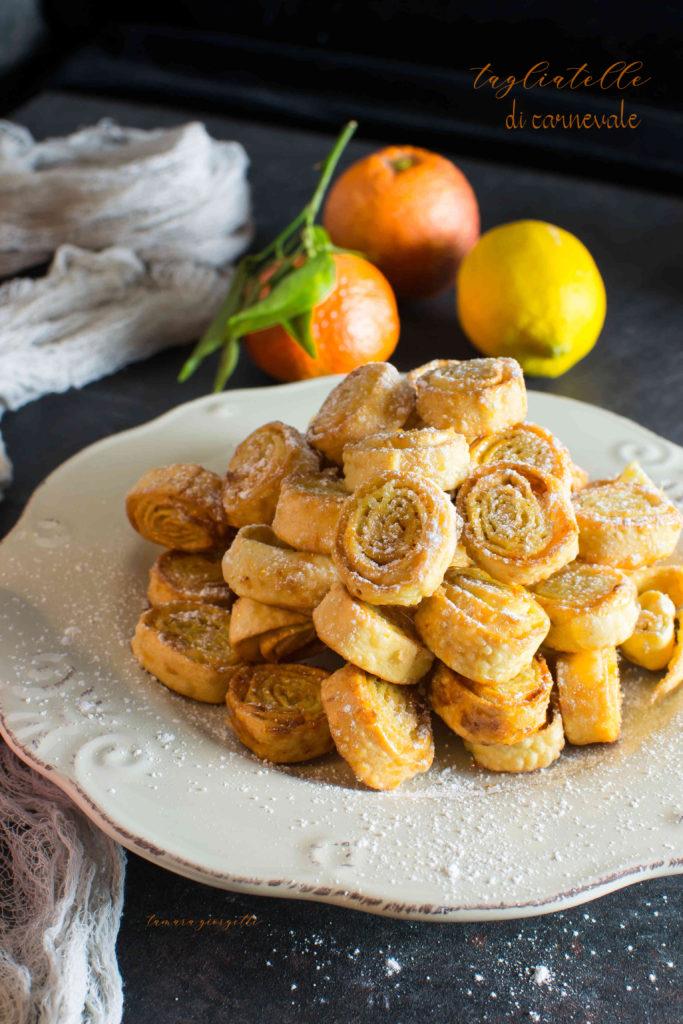 Tagliatelle di carnevale con limone e arancia