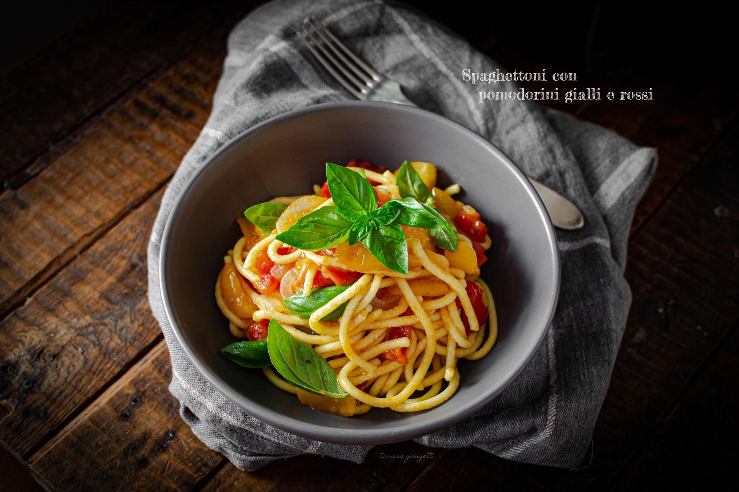 Spaghettoni All'uovo Con Pomodorini Bicolor
