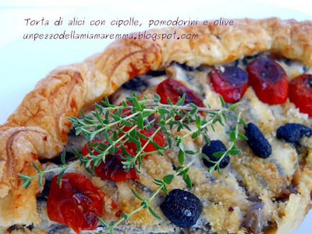 Torta Di Alici Con Cipolle Di Tropea, Pomodorini E Olive