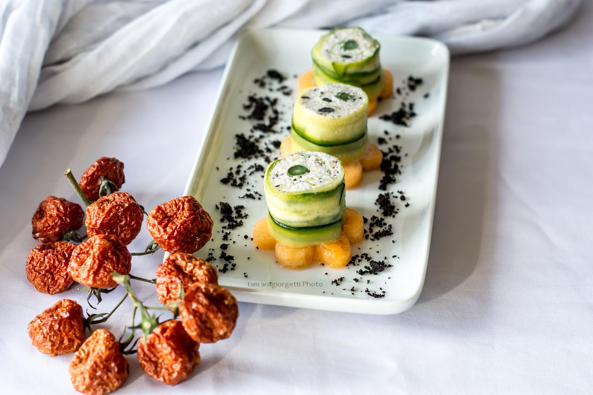 Rolls Di Pesce, Verdura E Frutta