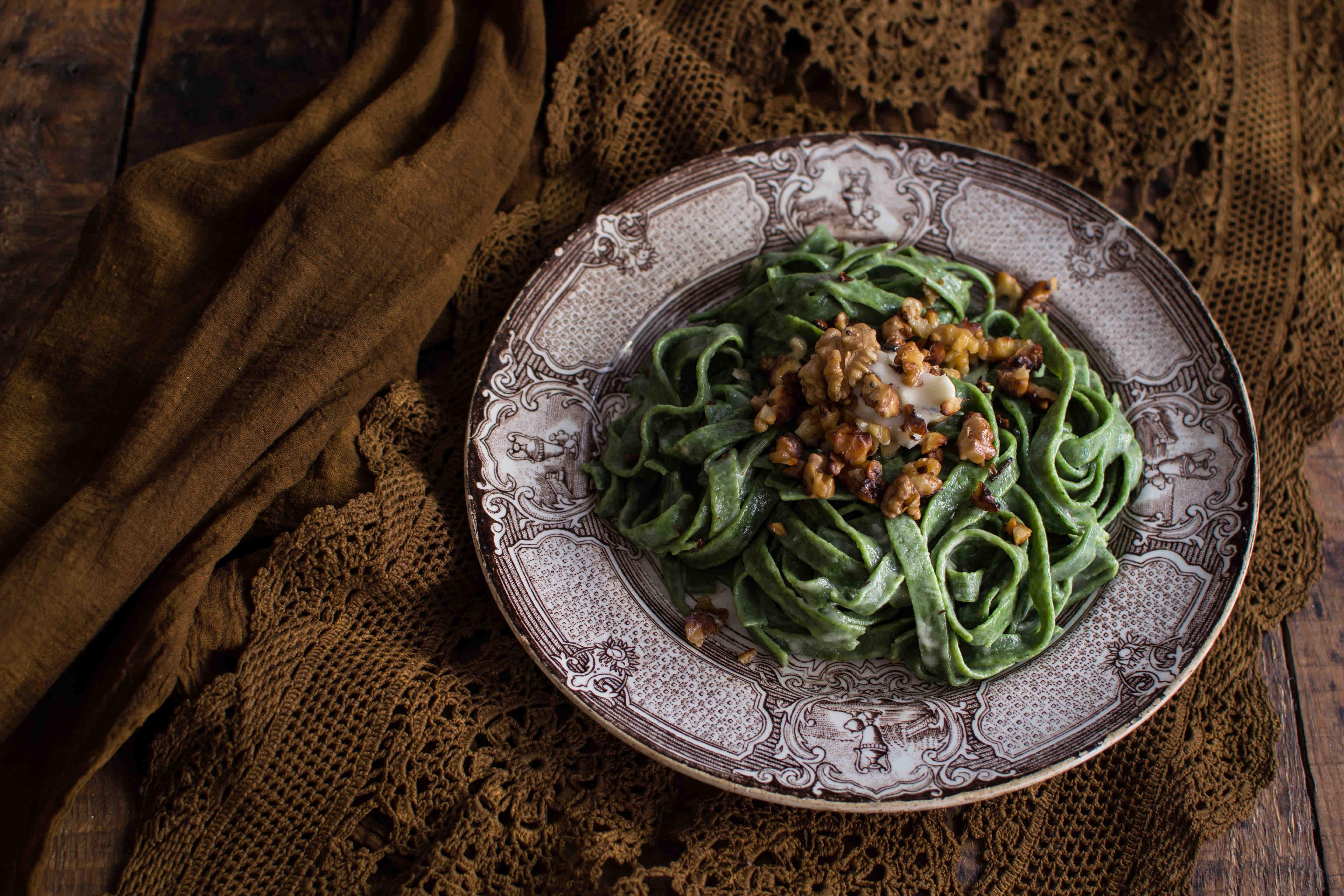Tagliatelle Agli Spinaci Con Gorgonzola E Noci