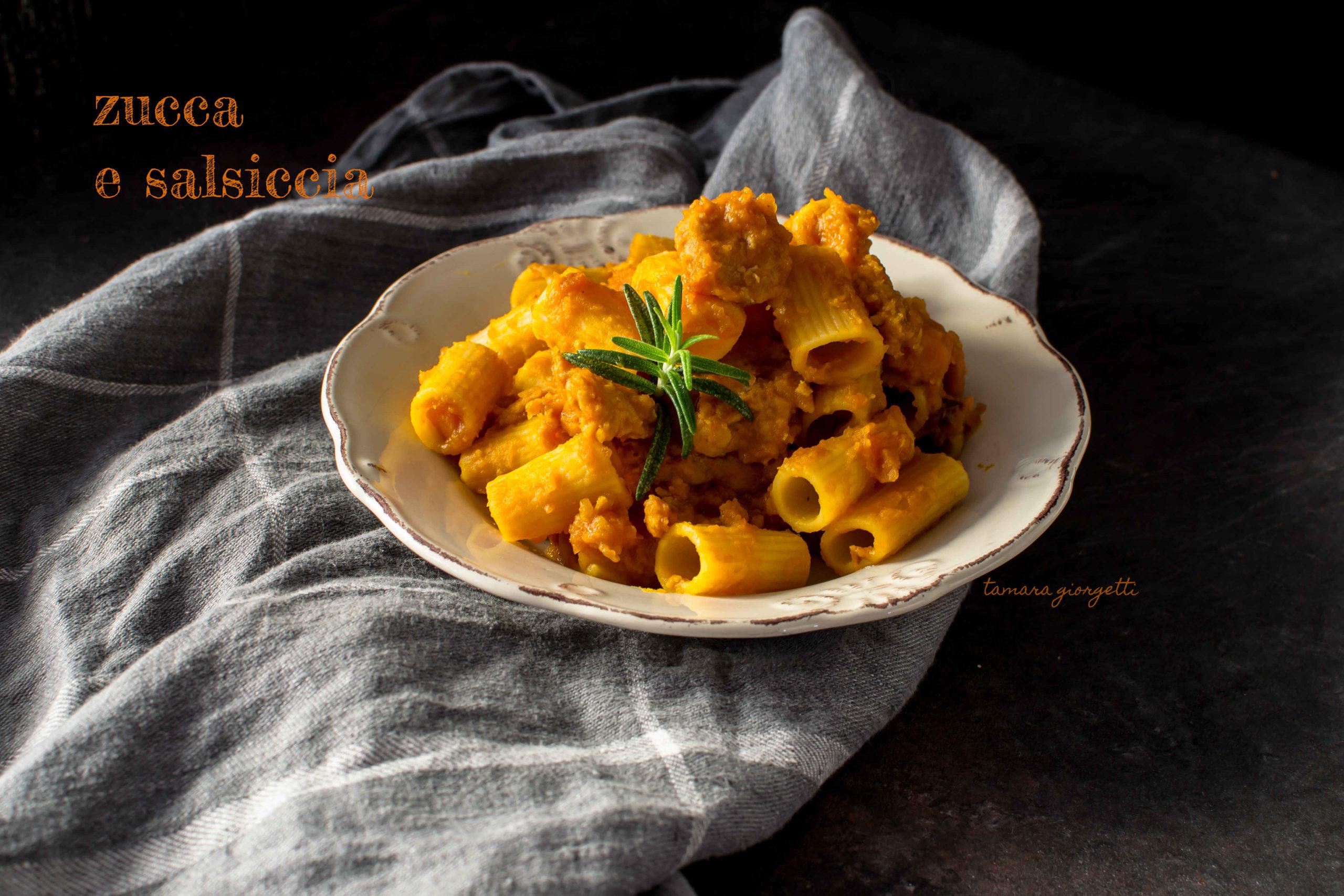 Mezzi Rigatoni Zucca E Salsiccia